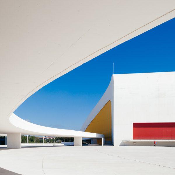 Centro Niemeyer Oscar Niemeyer Aviles Spain-32